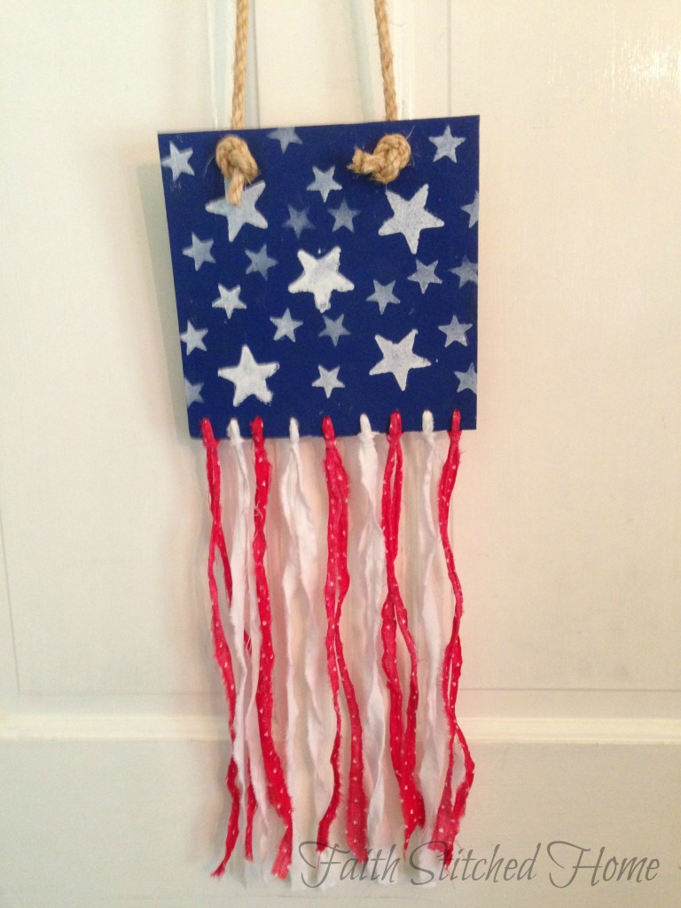 Scrappy American flag decor