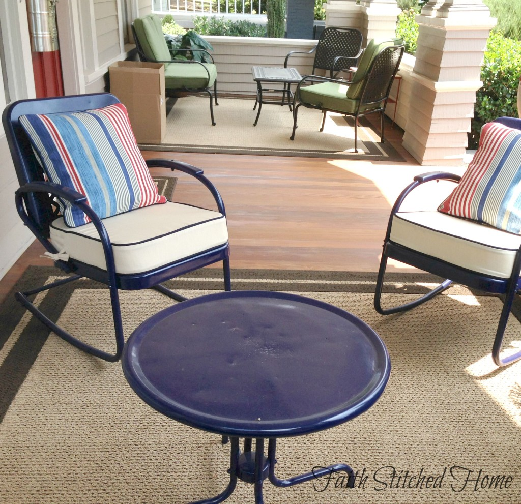 Vintage metal chairs with table