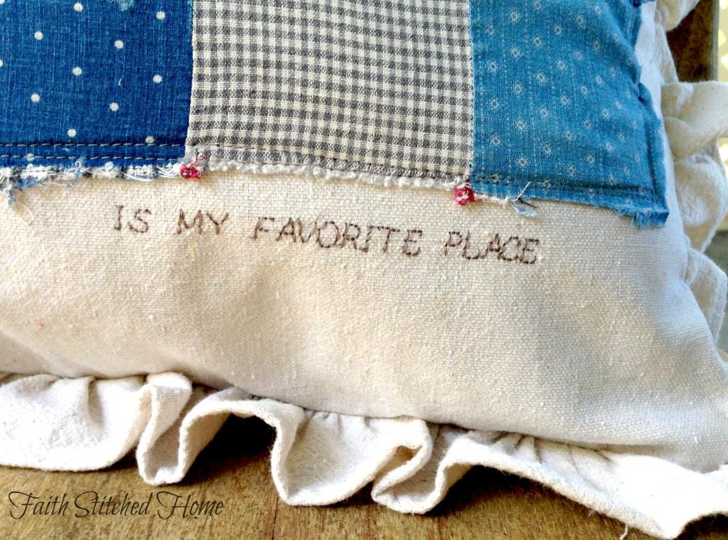 Patchwork pillow - vintage quilt 3