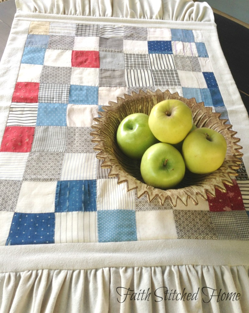 Table runner - vintage quilt 2