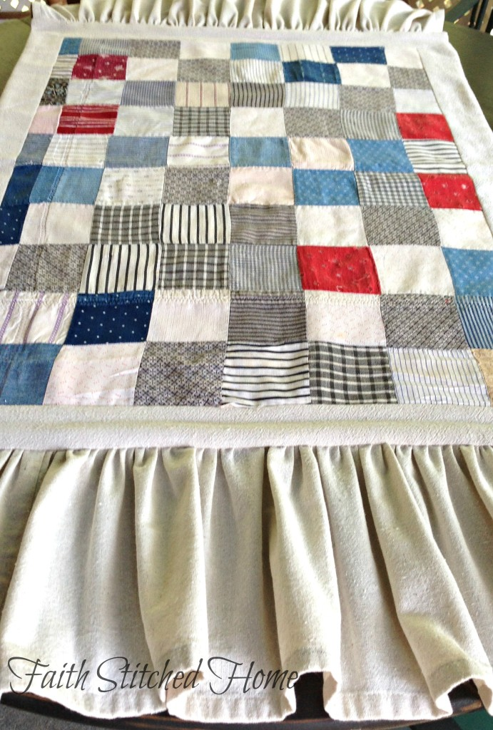 Table runner - vintage quilt